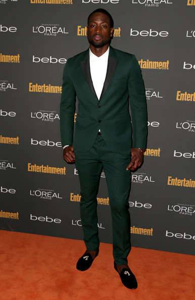 dwyane-wade-entertainment-weekly-pre-emmy-party-west-hollywood-valentino-suit