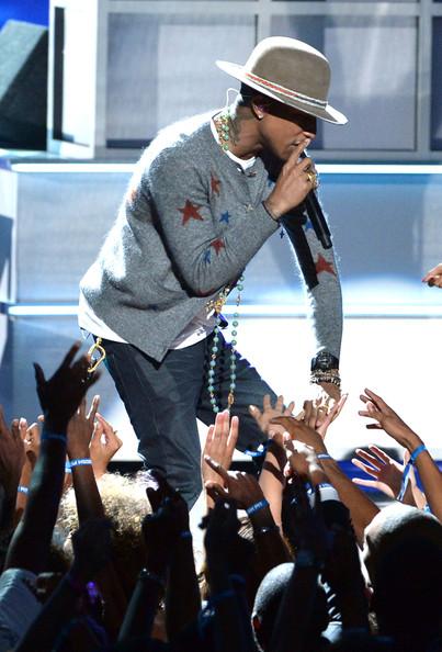 Pharrell+Williams+BET+AWARDS+14+Show+eizE81Cm1n3l